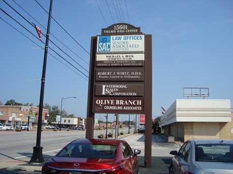 15601 Cicero Avenue - Photo 2