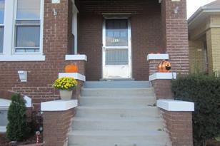 5517 West Addison Avenue - Photo 1