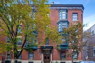120 West Delaware Place #4E - Photo 1