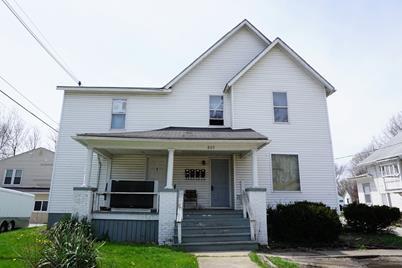 805 North Prospect Avenue - Photo 1