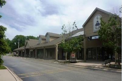 5035-75 North Shoreline Road - Photo 1