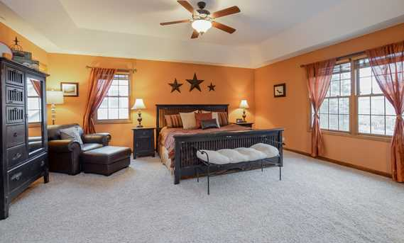 north aurora senior singles North aurora, illinois senior housing on farmland north of cordia senior residence is taking senior living to a new level and it all begins with the.