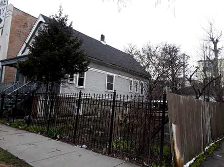 3072 North Avers Avenue - Photo 4