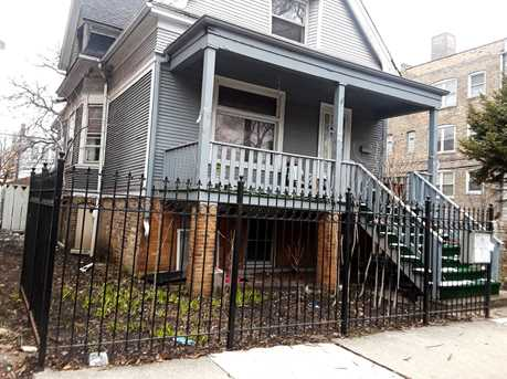 3072 North Avers Avenue - Photo 1