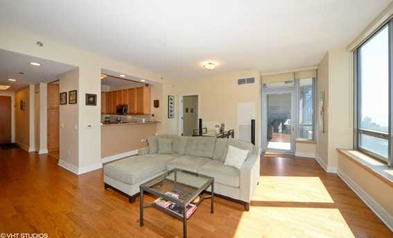 600 North Lake Shore Drive #907 - Photo 4