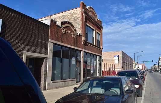 4136 North Kedzie Avenue - Photo 2