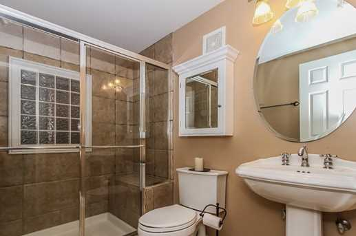 38W509 Golfview Court - Photo 28