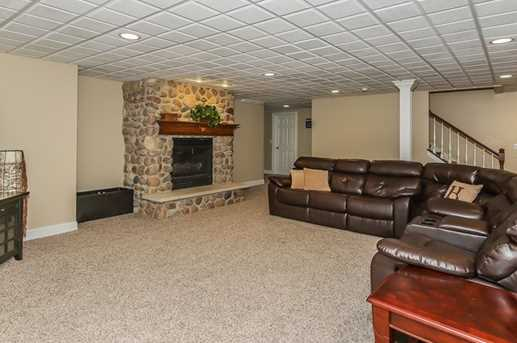 38W509 Golfview Court - Photo 24
