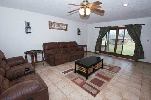 24738 South Sycamore Street - Photo 4