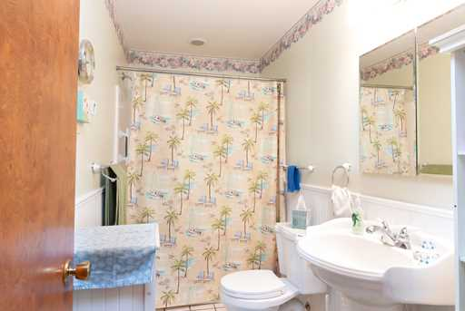 982 Holiday Dr - Photo 12