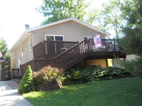 982 Holiday Dr - Photo 1