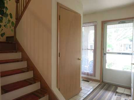 404 South Wenbriar Square - Photo 2