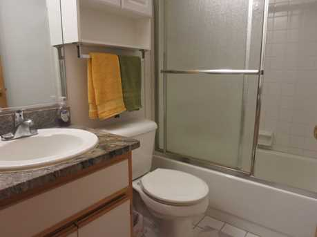 404 South Wenbriar Square - Photo 12