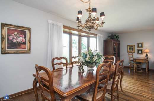 5538 West Lunt Ave - Photo 8