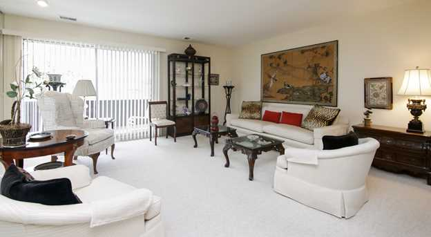 3950 Dundee Rd #204 - Photo 2