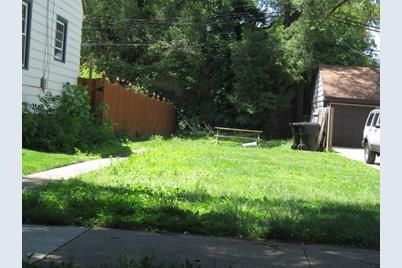 10448 South Sawyer Avenue - Photo 1