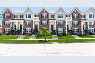 1470 Lakeridge Court - Photo 1