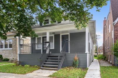5353 West Cornelia Avenue - Photo 1