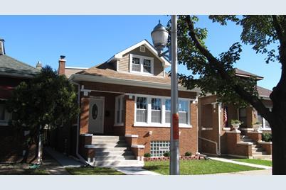 1635 North Lockwood Avenue - Photo 1