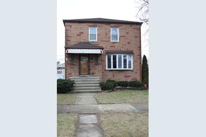 5000 South Lamon Avenue - Photo 1