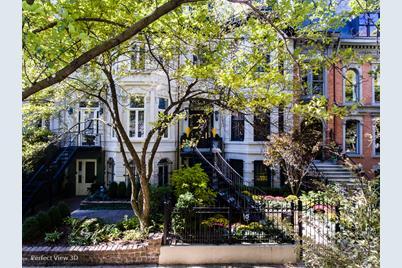 1316 North Dearborn Street - Photo 1