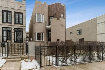 541 East 44th Place - Photo 1