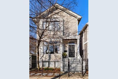 3036 North Greenview Avenue - Photo 1