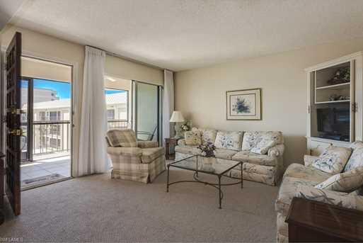 3200 Gulf Shore Blvd N, Unit #404 - Photo 6