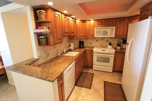 380 Seaview Ct, Unit #1810 - Photo 2