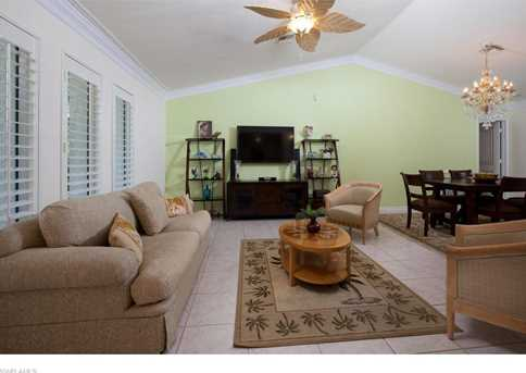 152 Palm River Blvd - Photo 2