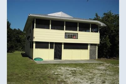 325 Moore Ave - Photo 1