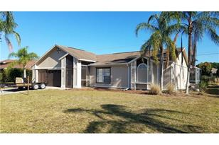9806 Country Oaks Dr - Photo 1