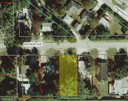 2348 Jackson Ave - Photo 1