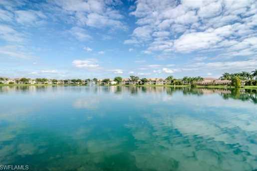 6480 Huntington Lakes Cir 202 - Photo 1