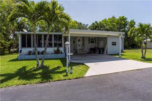 70 Queen Palm Dr 70 - Photo 1