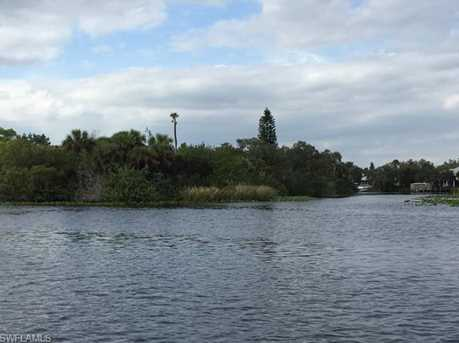 0  Island 1 - Photo 16
