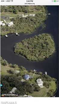 0  Island 1 - Photo 1