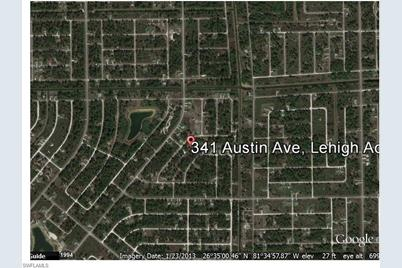 341  Austin Ave - Photo 1