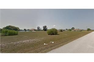 4304 NW 31st Ter - Photo 1