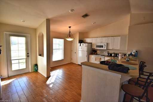 204 NW 15th Pl - Photo 4