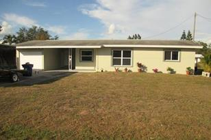 654  Canal Dr - Photo 1