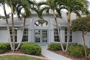 1930 SW 15th Ave - Photo 1