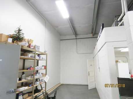 281-295 E Main St - Photo 4