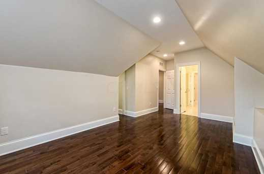 388 E Whittier Street - Photo 10