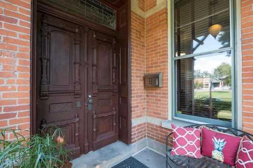 165 E Deshler Avenue - Photo 2