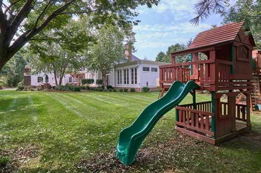 7708 Roxton Court - Photo 32