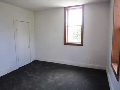 23049 Raymond Road - Photo 6