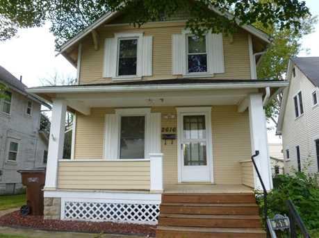 2616 Maplewood Avenue - Photo 2