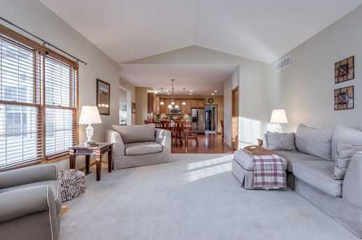 7604 Augusta Woods Terrace - Photo 8