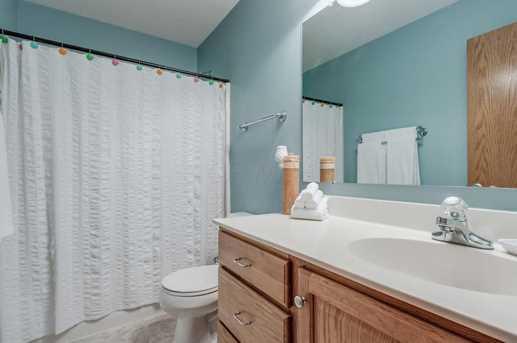 7604 Augusta Woods Terrace - Photo 32